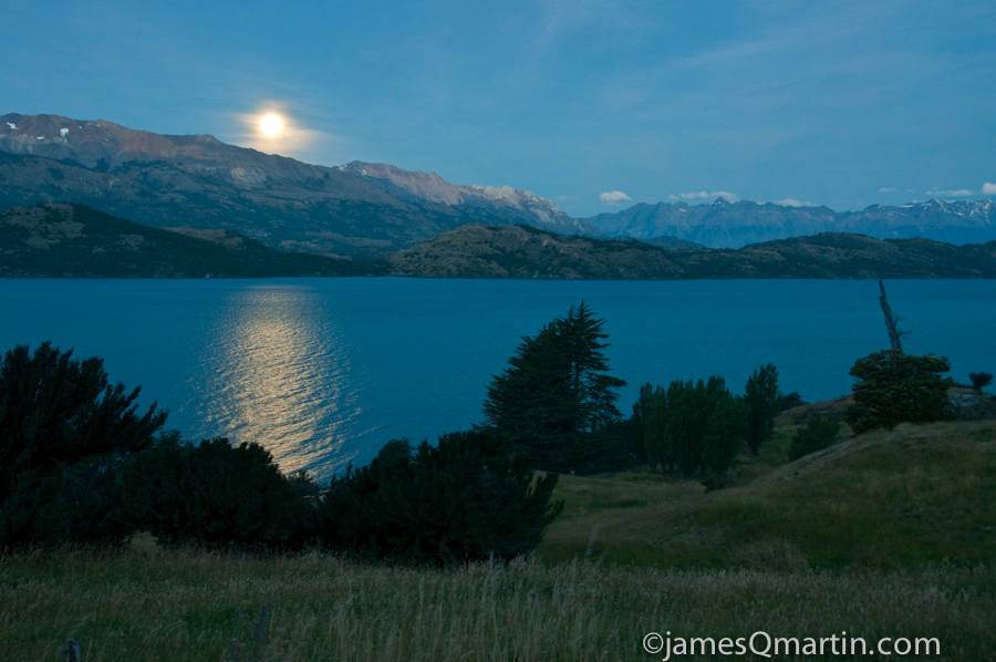 Moonrise of Lago General Carrera